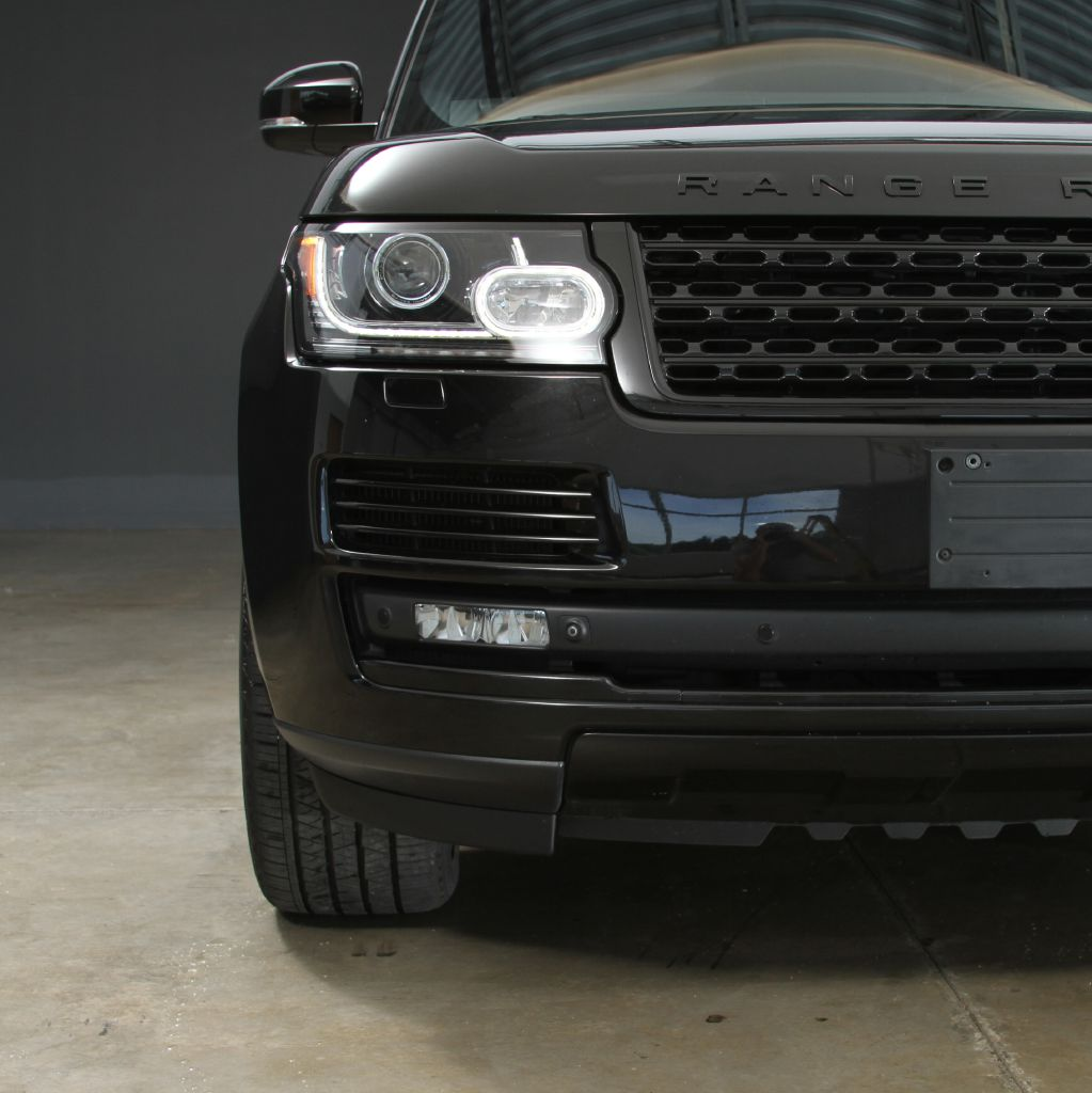 2015 LAND ROVER RANGE ROVER SUPERCHARGED Black Design Pack
